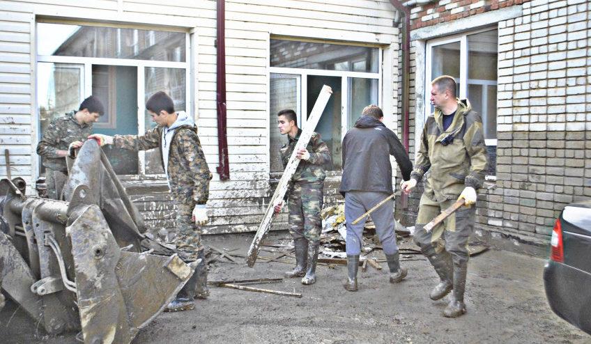 Волонтеры в Апшеронске